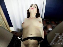Молодая мама в чулках занимается сексом с озабоченным сыном