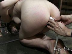 Садист устроил сексуальные пытки и издевательства для бедной девочки