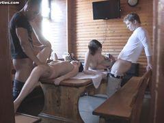 Русские студенты устроили групповой секс в сауне