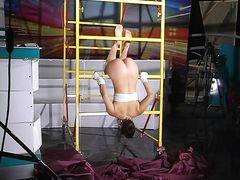 Профессиональное эротическое шоу от молодой русской гимнастки