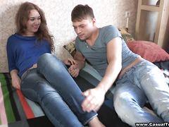 Уверенный в себе пикапер развел на секс русскую девушку с улицы