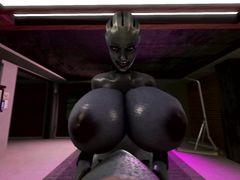 Инопланетянка с огромными членом и яйцами пытается кончить на девку