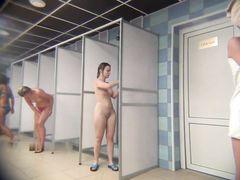 Продвинутые мужики подглядывают за голыми девушками в душе через камеру