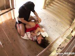 Азиатский сексуальный маньяк напал и трахнул бедную девчонку